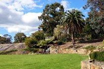 Bob Tompson Gardens