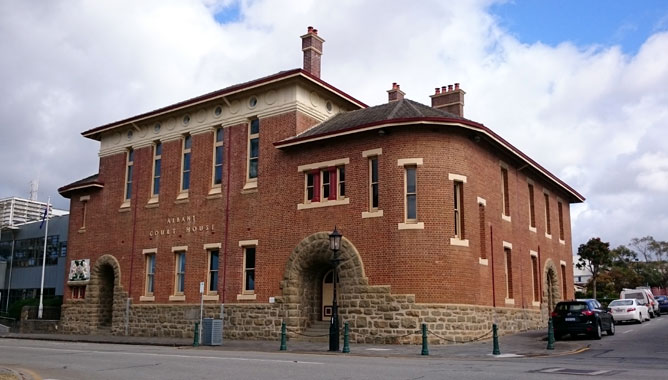 Old Court House
